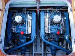 Chris Craft 283 V8 engine (185hp) used from 1964 and on two boats 1959 (this is Tritone #110, 1959)
